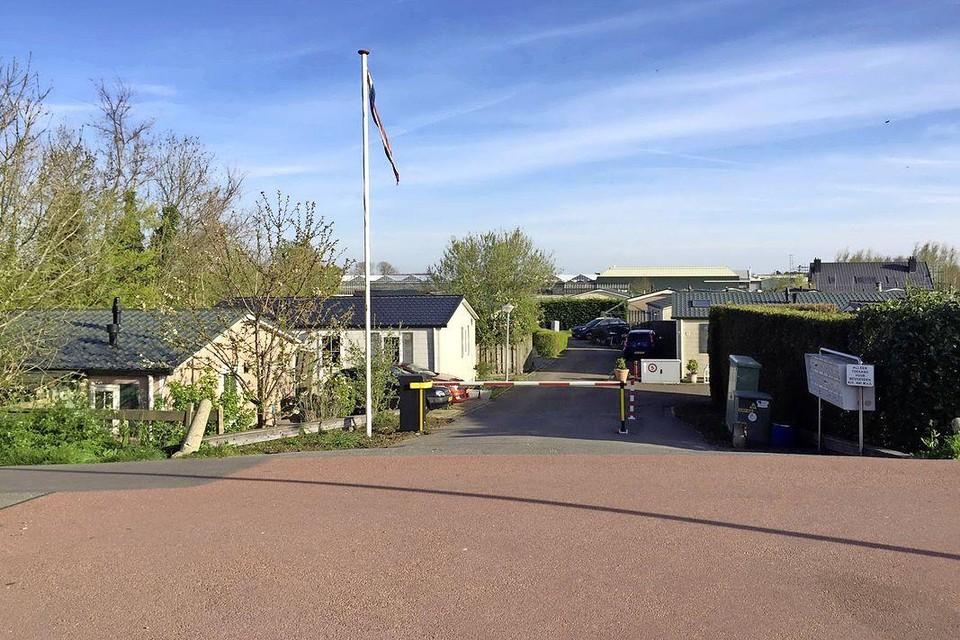 Burgalowpark Oudendijk: als het aan de Dorpsraad Woubrugge ligt wordt hier niet gehandhaafd op permanente bewoning.