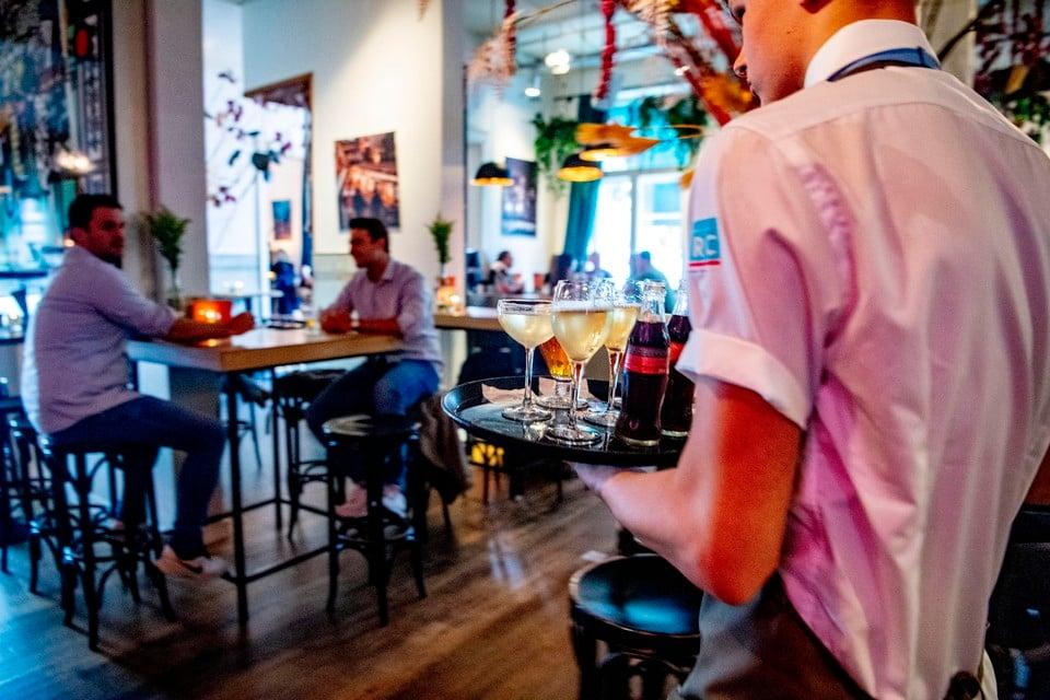 'Rustig praten in een restaurant echt anders dan in elkaars oor schreeuwen in een discotheek.'