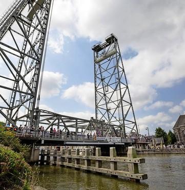 'Onveilige' hefbrug over Gouwe bij Boskoop dicht