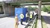 Vrachtwagen botst tegen spoorbrug, treinverkeer tussen Leiden en Haarlem enige tijd stilgelegd
