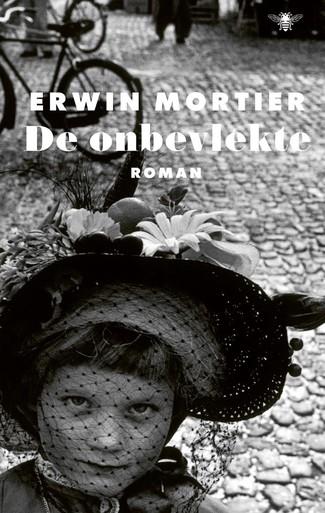 Schrijfkunst Mortier ook in 'De onbevlekte' weer wonderschoon