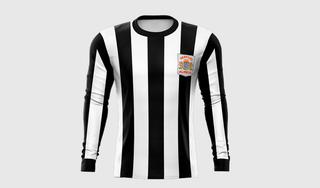 Kortingen, cadeaus, unieke shirts: na dit rampjaar doen de voetbalclubs er alles aan om de fans binnenboord te houden