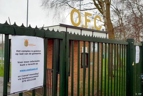 Rechter: complex voetbalclub OFC Oostzaan moet open