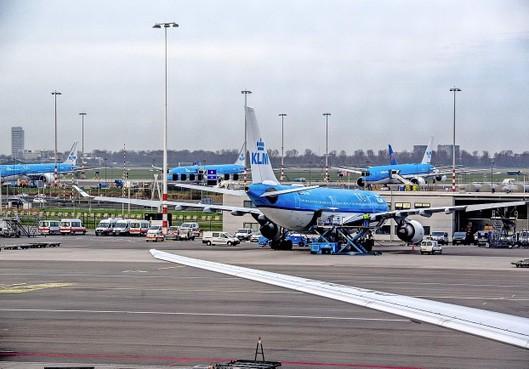 KLM blijft vliegen op New York, stelt directeur Elbers bij WNL