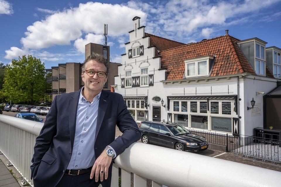 Frans Schohaus, directeur van Hotel Leiden.