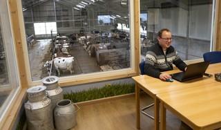 'Thuiswerken' met uitzicht op 110 koeien bij Clemens en Sandra Oudshoorn in Westbeemster