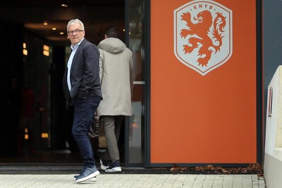 KNVB: misschien nog wel voetbal voor 1 juni, maar hoe dan ook zonder publiek