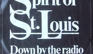 Lisa de Leeuw begint actie om de Leidse band Spirit of St. Louis in de Top 2000 te stemmen als eerbetoon aan haar overleden ooms [video]