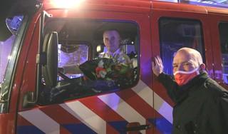 Brandweerman Ad van de Heuvel neemt op bijzondere wijze na 30 jaar afscheid van korps Sassenheim [video]