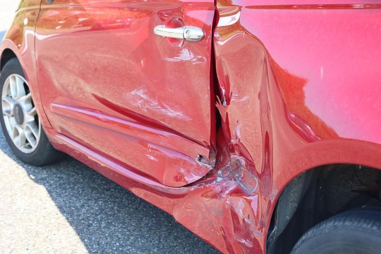 Auto-ongeluk zorgt voor vertraging in Katwijk