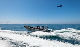 Goede doelenclub Duik de Noordzee Schoon aangezien voor drugsbende, schip geënterd door zwaar bewapend team van DSI [video]