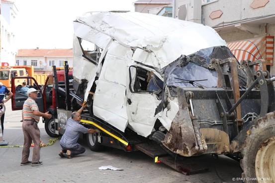 Tien migranten komen om door ongeval in Turkije