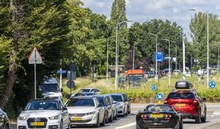 Hulpdiensten doen vier keer langer over rit naar Stevenshof, zeggen bewoners: 'De wijk staat compleet vast'