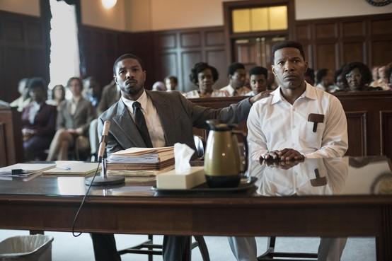 Filmrecensie: Regisseur kleurt keurig binnen de lijntjes bij rechtbankdrama 'Just mercy'