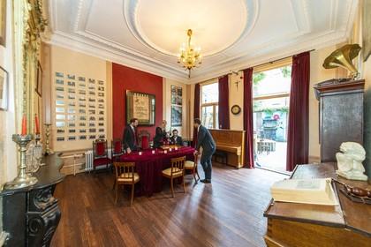 Open Monumentendag: Een chique woonkamer als borrelzaal