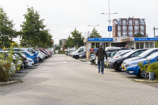 Ondernemers hekelen Leidse parkeer- en verkeersplannen, en presenteren alternatieven