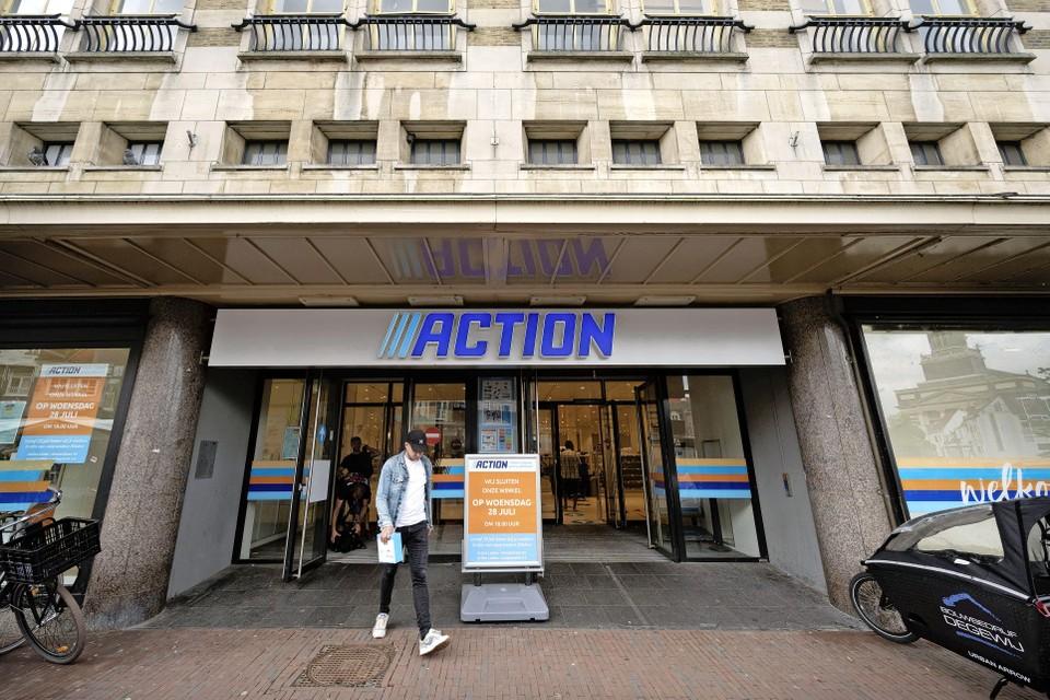 Op de plek waar nu de letters van de Action staan, hangt binnenkort het logo van modeketen Big L