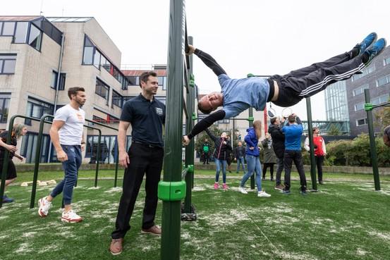 Fitness in de buitenlucht: 'We gaan van hangjongeren échte hangjongeren maken'