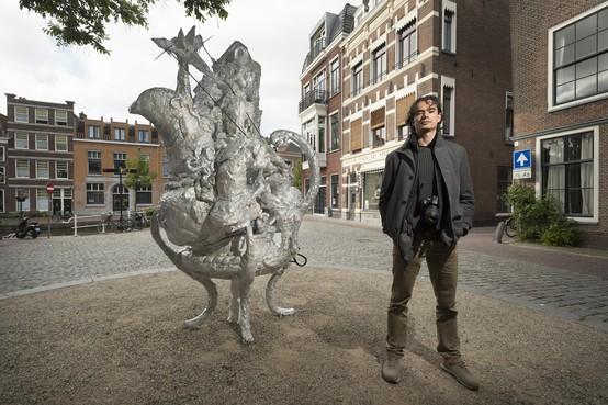 Damian Kapojos wint juryprijs Beelden in Leiden