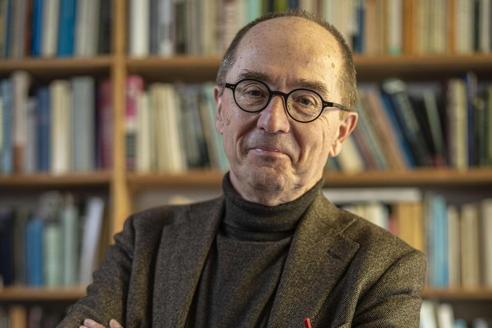 """Willem Otterspeer: ,,""""Eén boek van 800 pagina's is niet helemaal gelukt."""""""