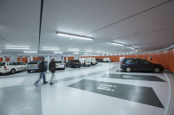 Prijzige Leidse parkeergarages in de toekomst ook open voor bewoners
