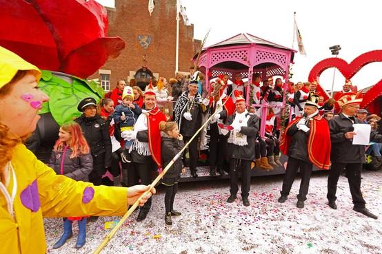 Carnavalsoptocht in Noordwijkerhout afgelast: alternatief programma in De Schelft