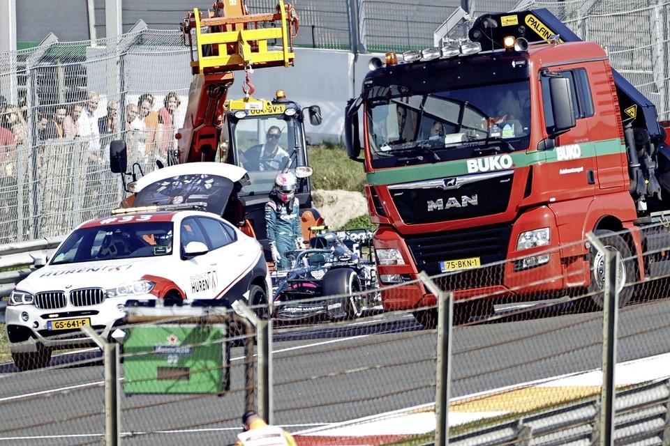 Sebastian Vettel (Aston Martin) gecrasht tijdens de eerste vrije training op het circuit van Zandvoort.
