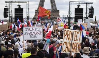Agenten gewond bij Frans coronaprotest, tientallen aanhoudingen