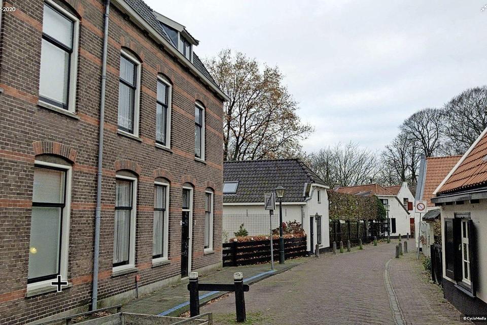Links Berkheistraat 15.