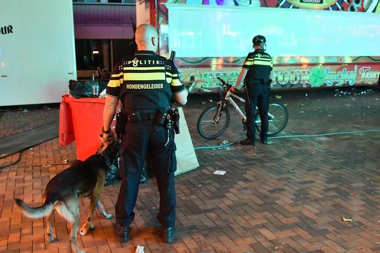 Politie veegt plein schoon in Bodegraven
