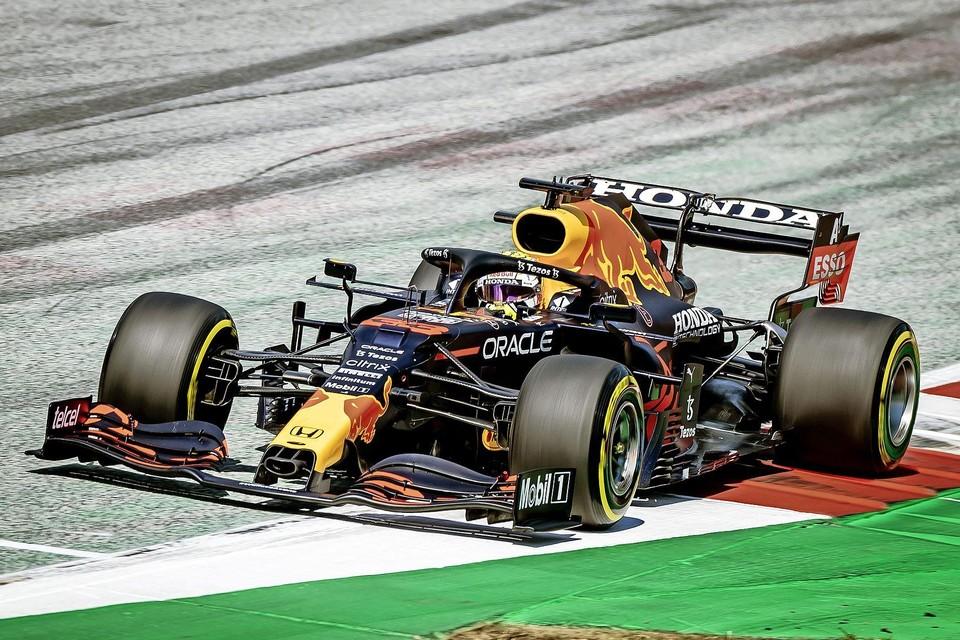Met de verhuur van hotelkamers gaat het veel minder snel dan met een echte Formule 1-auto.