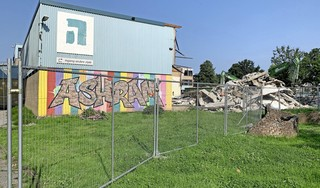 Sloop aula Ashram College is bijna voltooid: ruimte voor nieuwbouw school in Alphen