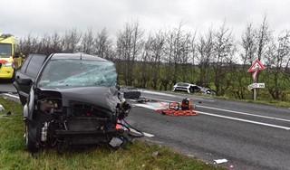 Dode bij ernstig auto-ongeluk op de N209 bij Hazerswoude-Rijndijk [video]