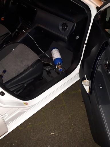 Bestuurder rijdt voortuin in en raakt rijbewijs kwijt in Lisse