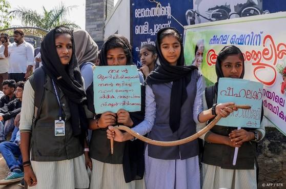 Rel om dood scholiere India door slangenbeet