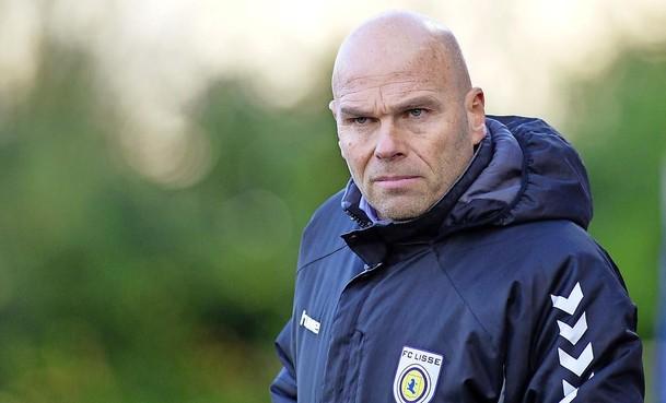Trainer Robbert de Ruiter vertrekt aan einde van seizoen bij FC Lisse