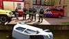 Inparkeren gaat fout in Leiden: vrouw raakt met auto te water in Waardgracht