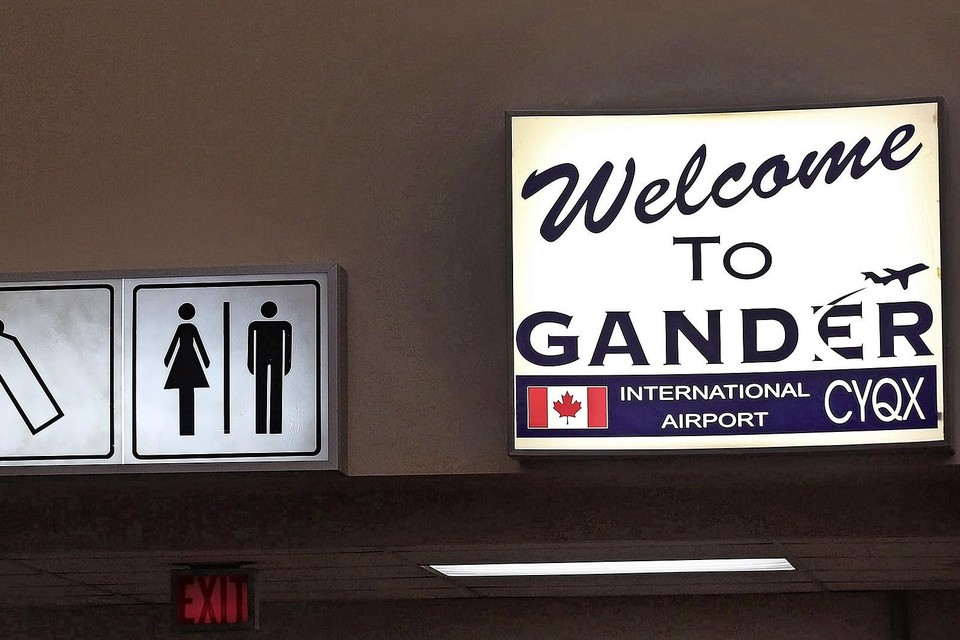 En of de 'vliegende vluchtelingen' welkom waren in het stadje Gander.