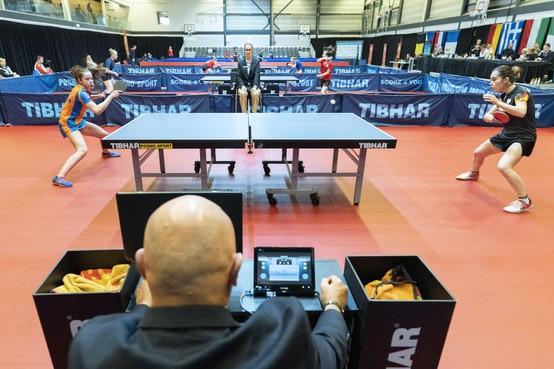 Jonge tafeltennistop in Noordwijk: 'Je moet je het snot voor de ogen trainen'