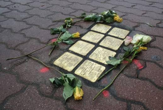'Stolpersteine' voor Wassenaarse slachtoffers van de nazi's