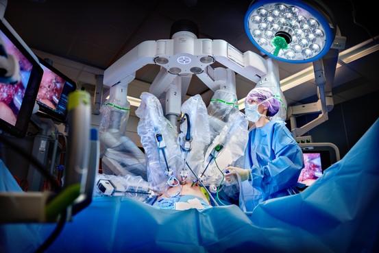 Patiënten RKZ Beverwijk krijgen toegang tot hypermoderne technologie van een operatierobot