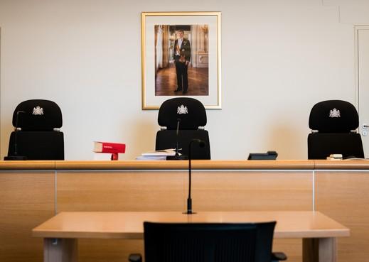 Rechtszaak tegen Leidse huisarts die ontucht pleegde met kinderen [volg live]