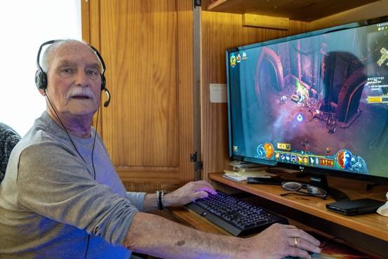 Tedje de Gamer (81) gaat mogelijk op wereldreis met SBS6