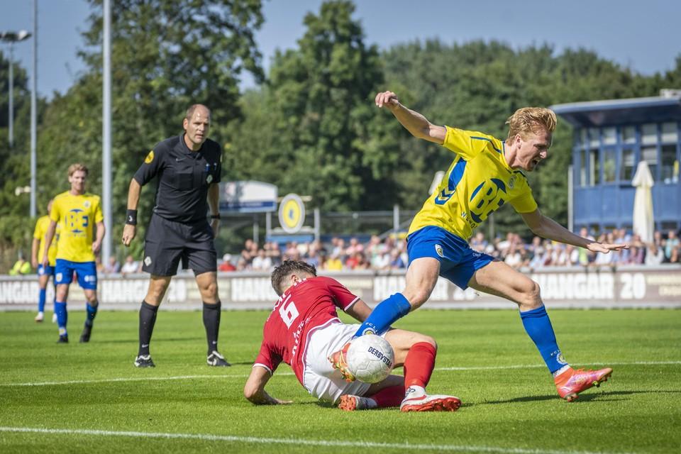 Jaap Zwetsloot schoot FC Lisse op voorsprong.