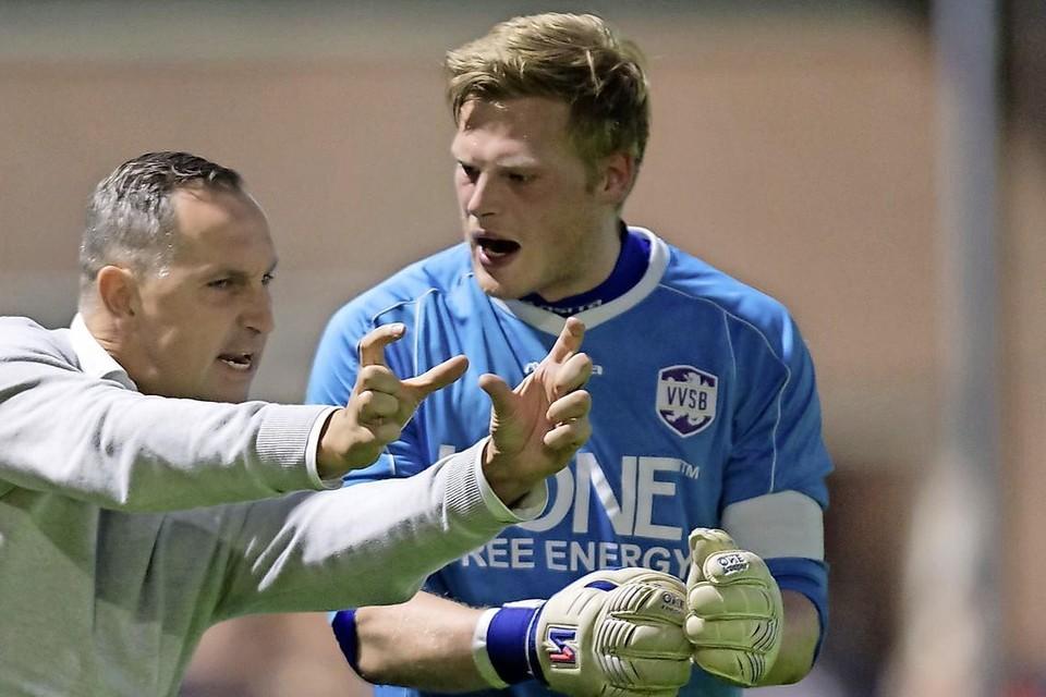 Een gepassioneerde Jack Honsbeek, als trainer van VVSB.