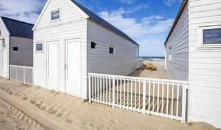 Katwijk verduidelijkt spelregels voor gebruik strand: parasol binnen 5 meter van huisje, geen extra terras bij paviljoen