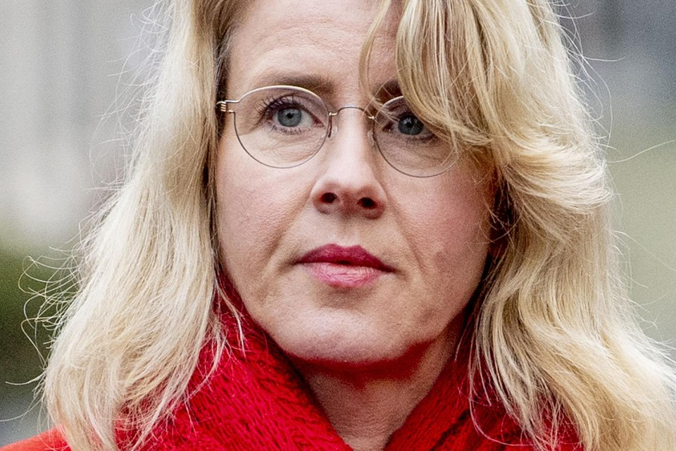 Tijdens een gesprek zaterdag kreeg Mona Keijzer het verzoek de eer aan zichzelf te houden. Dat bleek de Volendamse niet van plan.