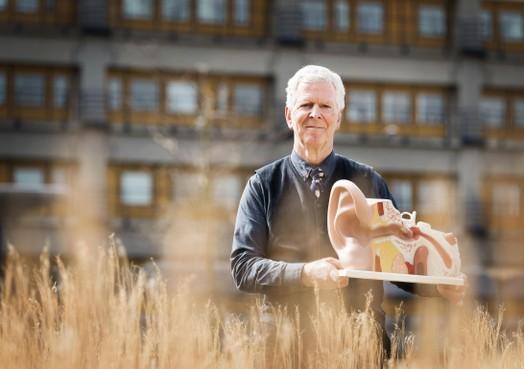 Gehoordeskundige Jan de Laat: 'Mensen met oorsuizingen kunnen daar wanhopig van worden'