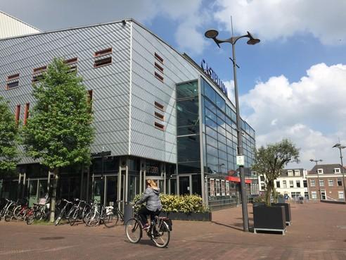Theater Castellum in Alphen gaat mogelijk in de verkoop
