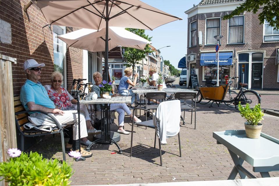 De Tuinstadwijk veranderde van volksbuurt naar stadswijk. Maar is volgens de wijkvereniging nog steeds een 'dorp in de stad'.
